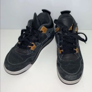 Jordan Retro 4  Royalty Youth Size 3